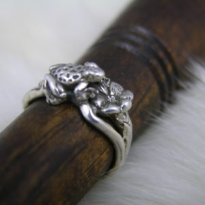 Sterling Silver Frog on a Lily Pad Ring