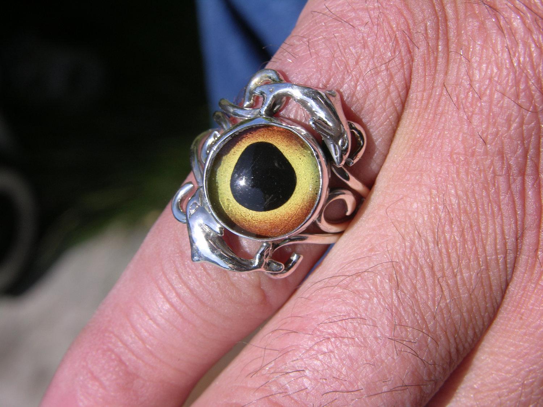 Sterling Silver Dolphin Glass Eye Ring Sz 8 - Freedom Jewelry USA