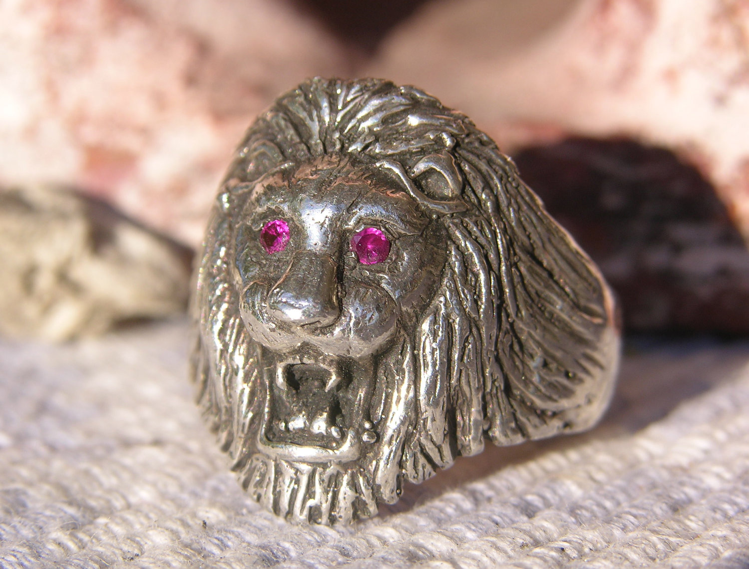 Ring With Lion Head Ruby Stone Silfer